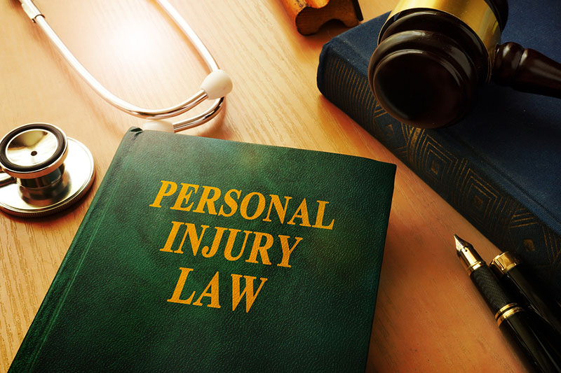 an injury lawyers in long beach