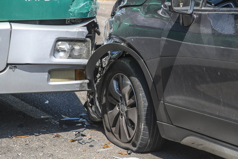 a bus accident lawyer in long beach