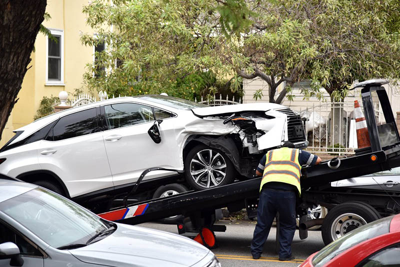 a car accident attorney in long beach