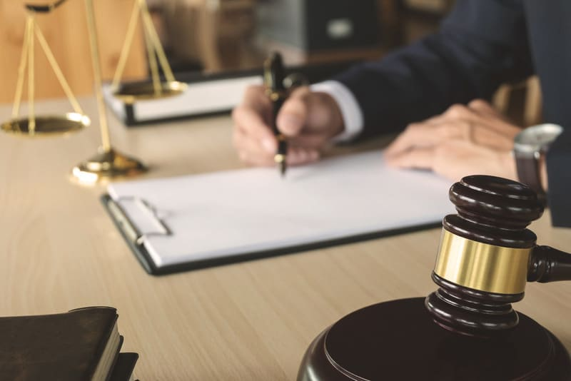 how can you find a reliable workmans comp attorney in long beach